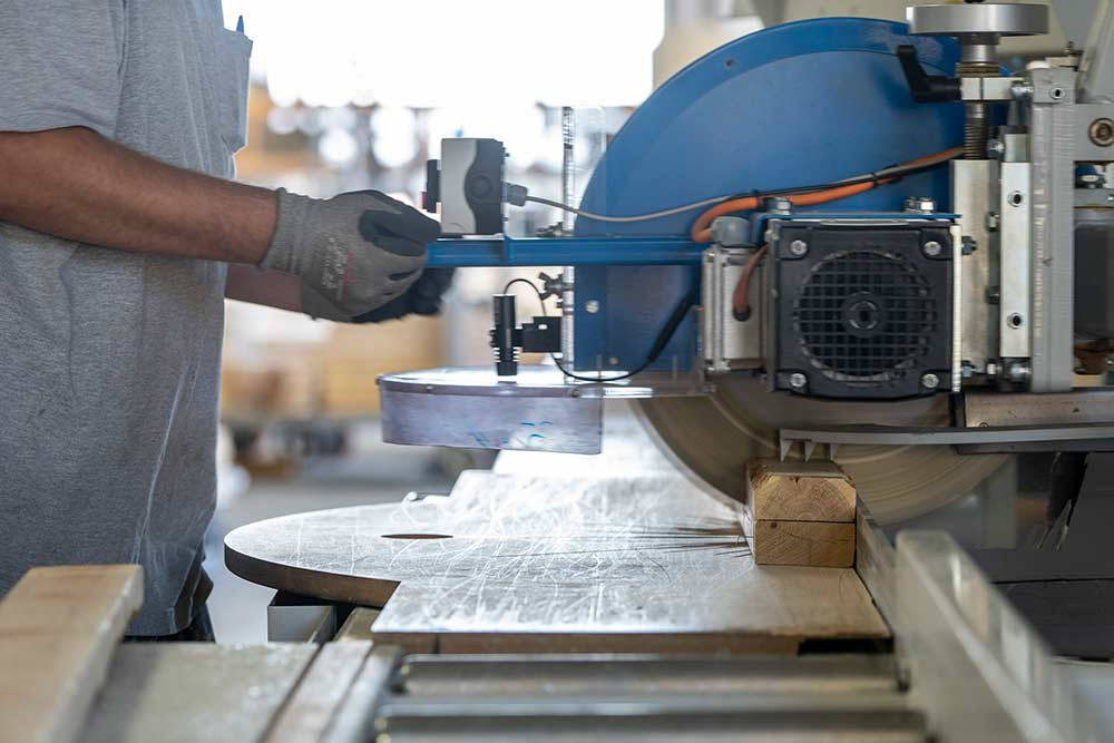 Sunpro Willard Truss Plant automated chop saw